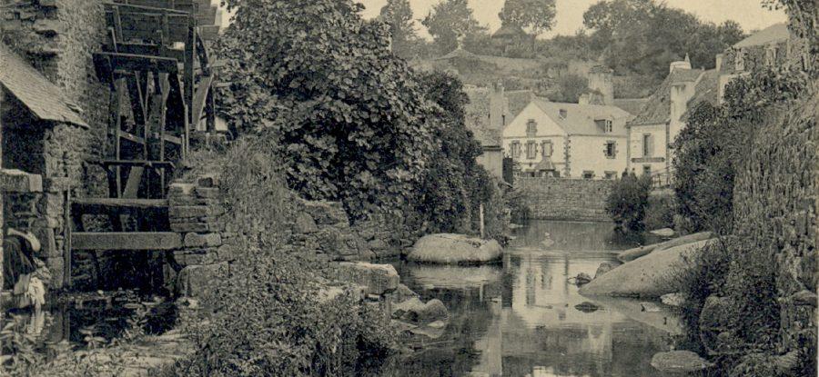 Vieux moulin sur l'aven à Pont Aven