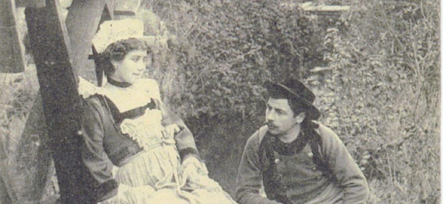 Couple de l'époque à Pont Aven